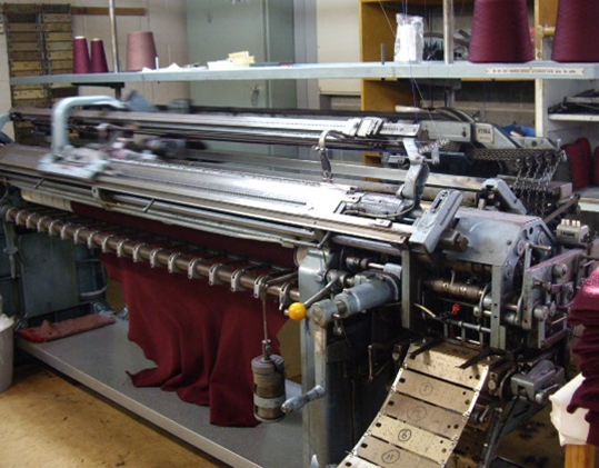 JBOM-knitting-machine