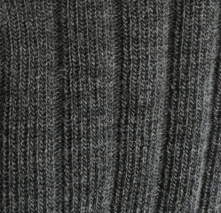 Extra-lightweight drop stitch