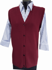 Tastex<sup>®</sup> Pure wool sleeveless cardigan.